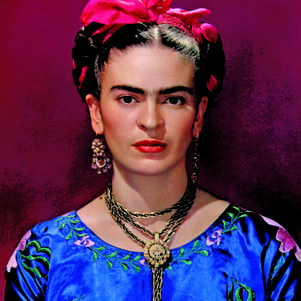 Frida Kahlo – Making Her Self Up