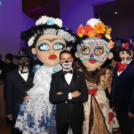 San Antonio Public Library Foundation realiza su segundo Catrina Ball