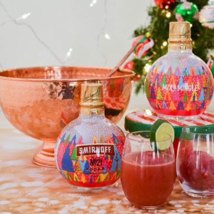 Smirnoff convierte sus botellas en esferas navideñas