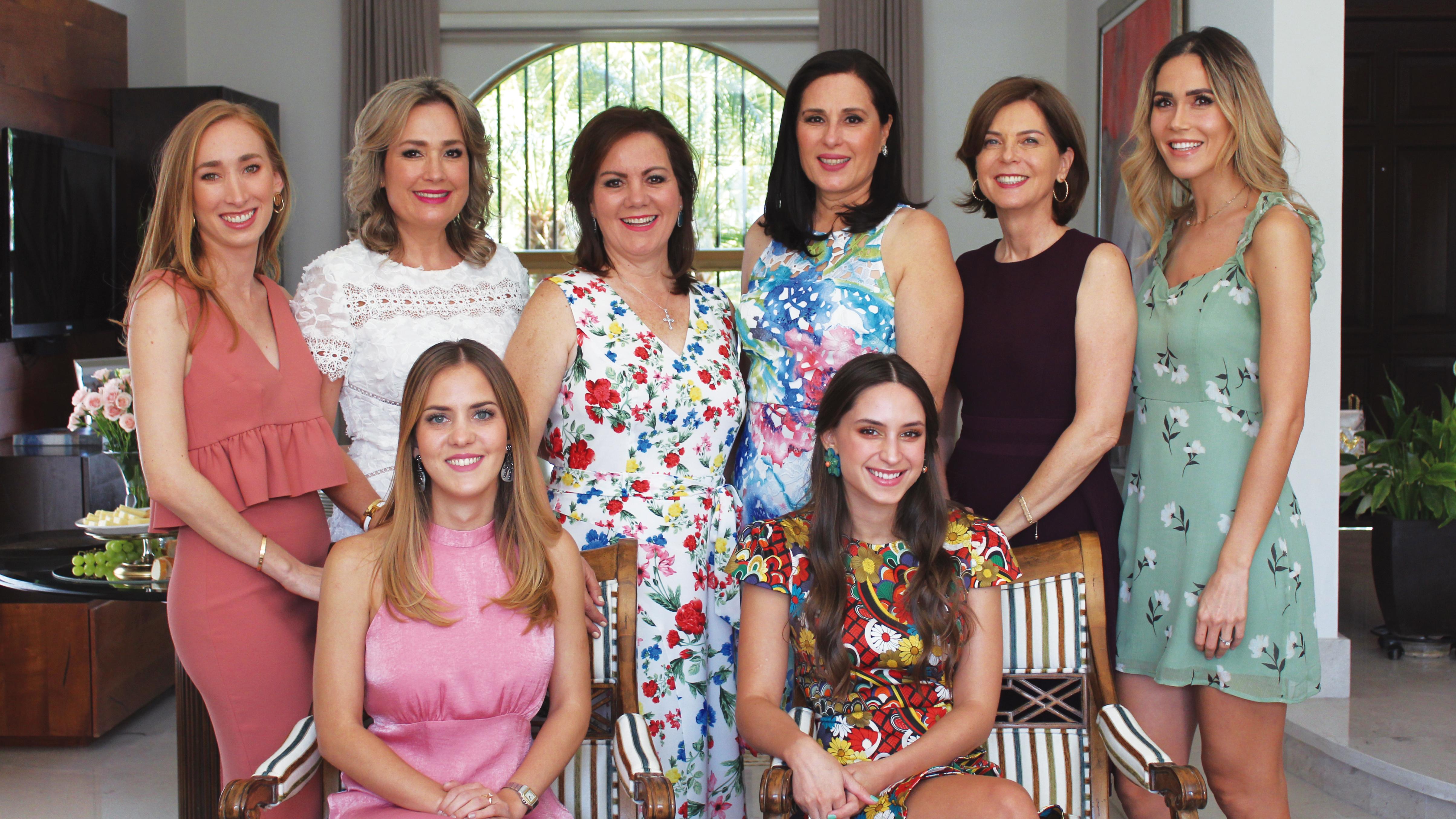 Espléndido Shower recibieron Alexia García y Andrea Corral