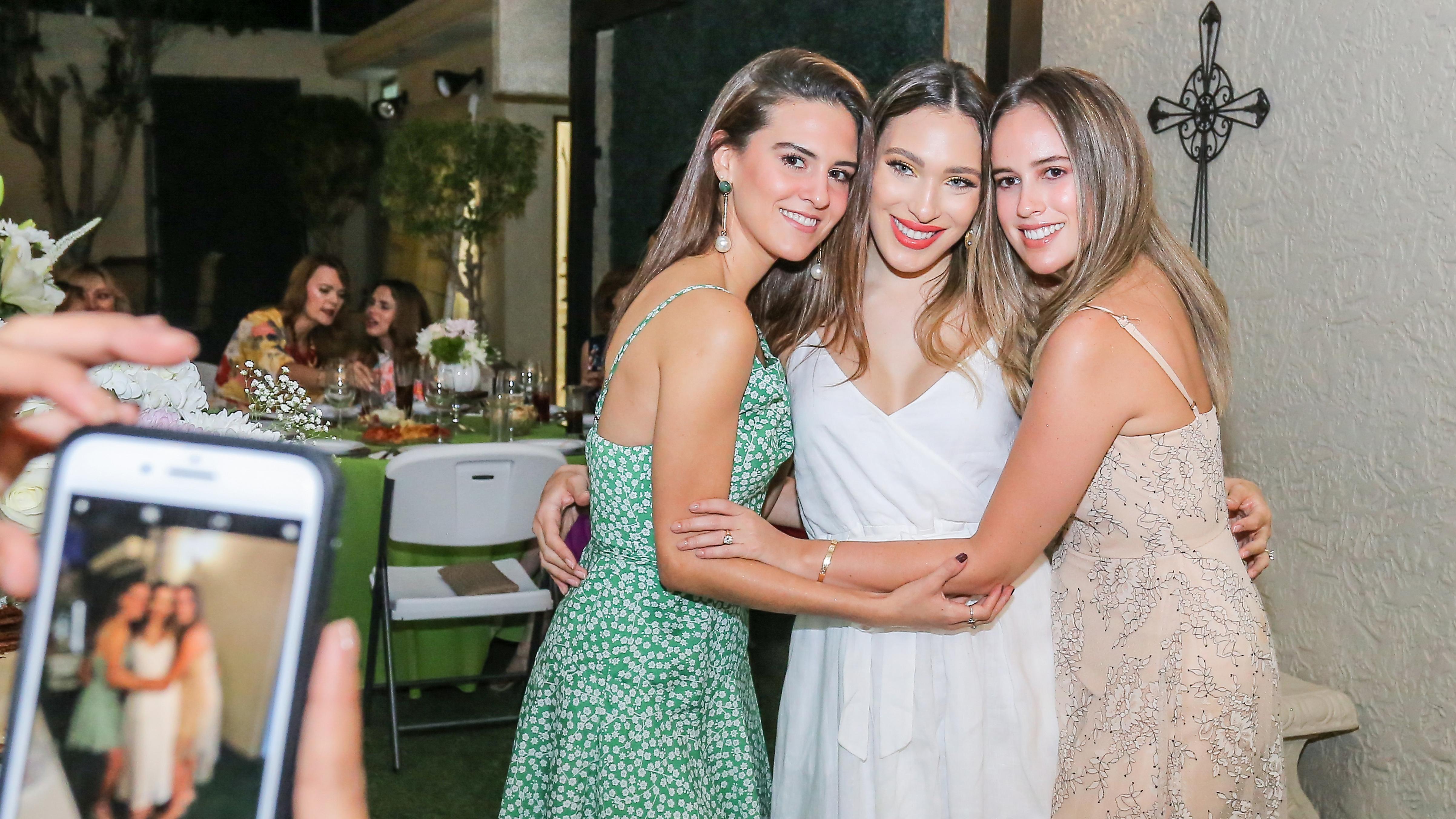Despedida para Sara, Paulina y Raquel