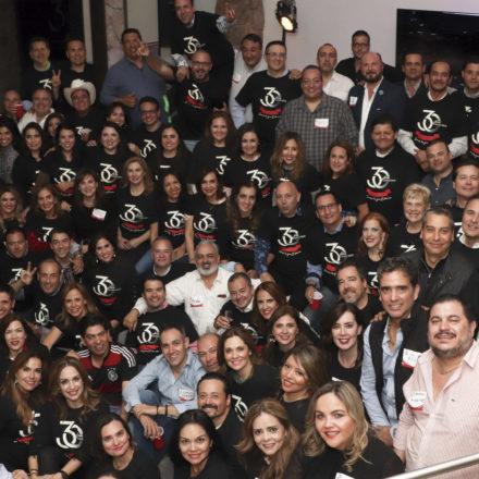 Celebran 30 años de haber egresado del Colegio Regis LaSalle