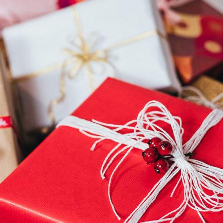 Este año envuelve regalos diferente